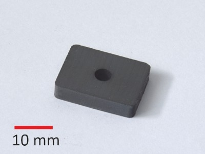 C8 25x19x5 mm, D5