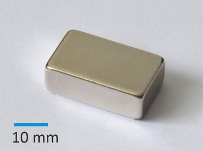 N42 30x18x10 mm Ni