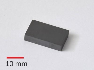 Y30BH 25x15x5 mm